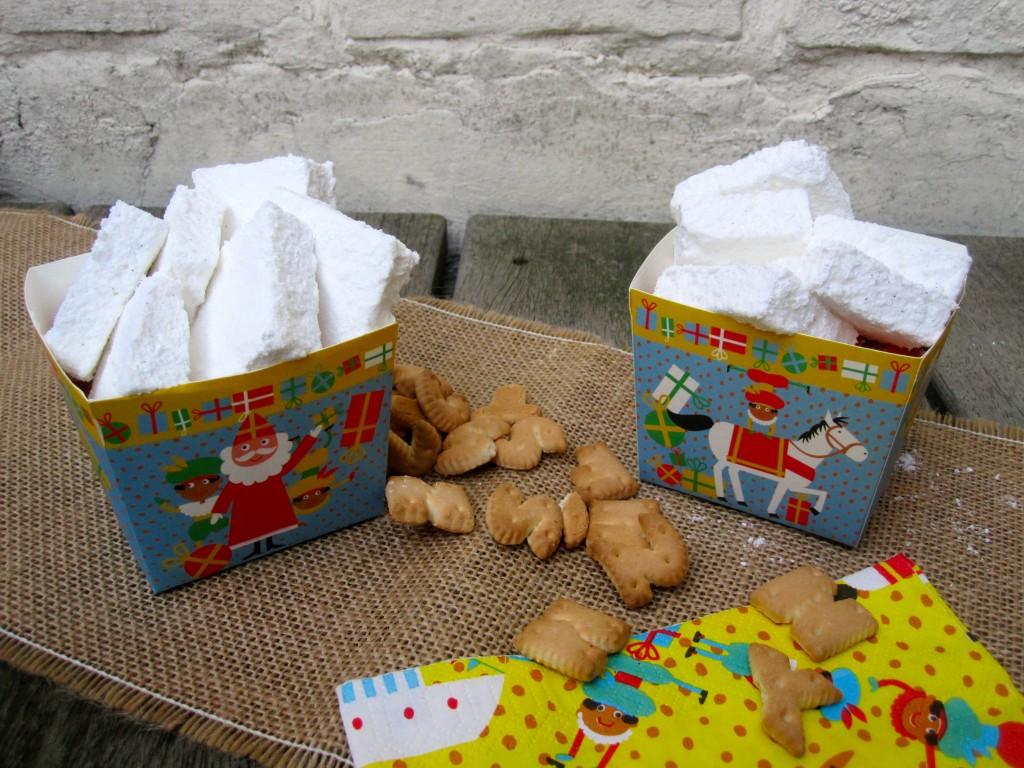 Zelfgemaakt lekkers voor sinterklaas: guimauves, nonnebillen, meetjesvlees, spekken, zelf gemaakt