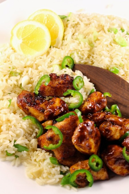 Citroenkip met kruidige rijst