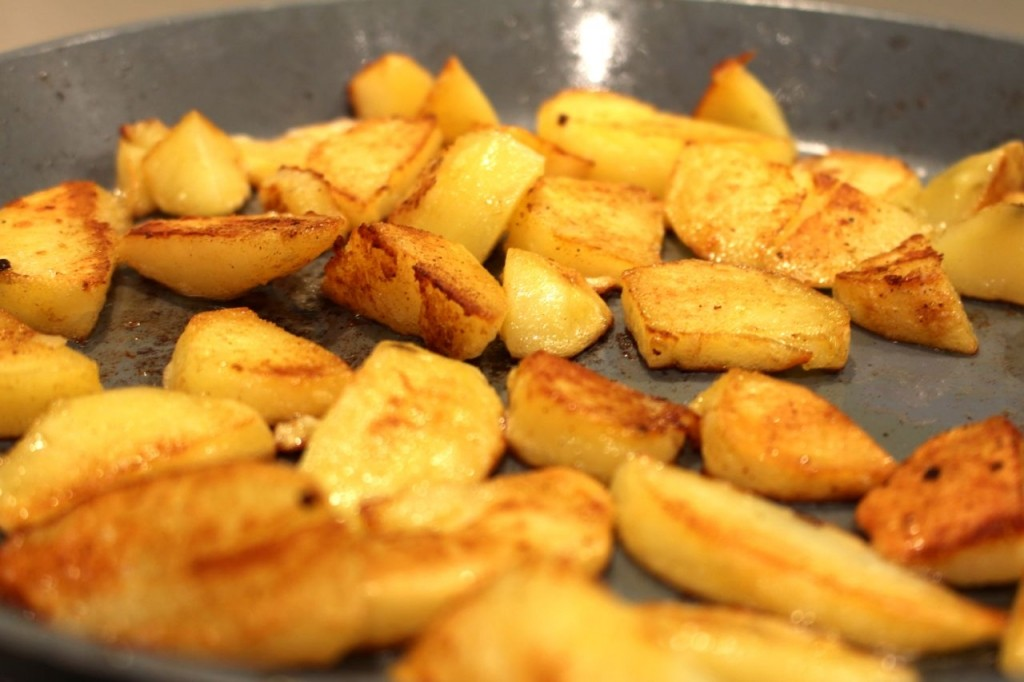Aardappels goudbruin bakken