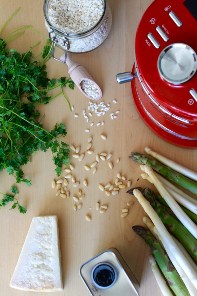 Aspergerisotto met zalm en kervelpesto in de Kitchenaid Cookprocessor