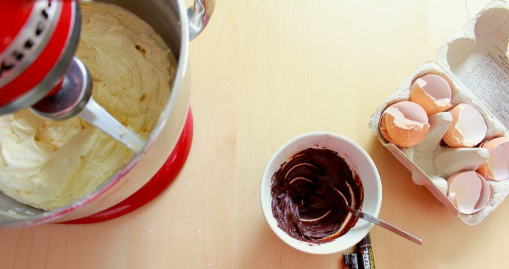 Papje maken van espressopoeder, cacao en marsala / www.eenlepeltjelekkers.be