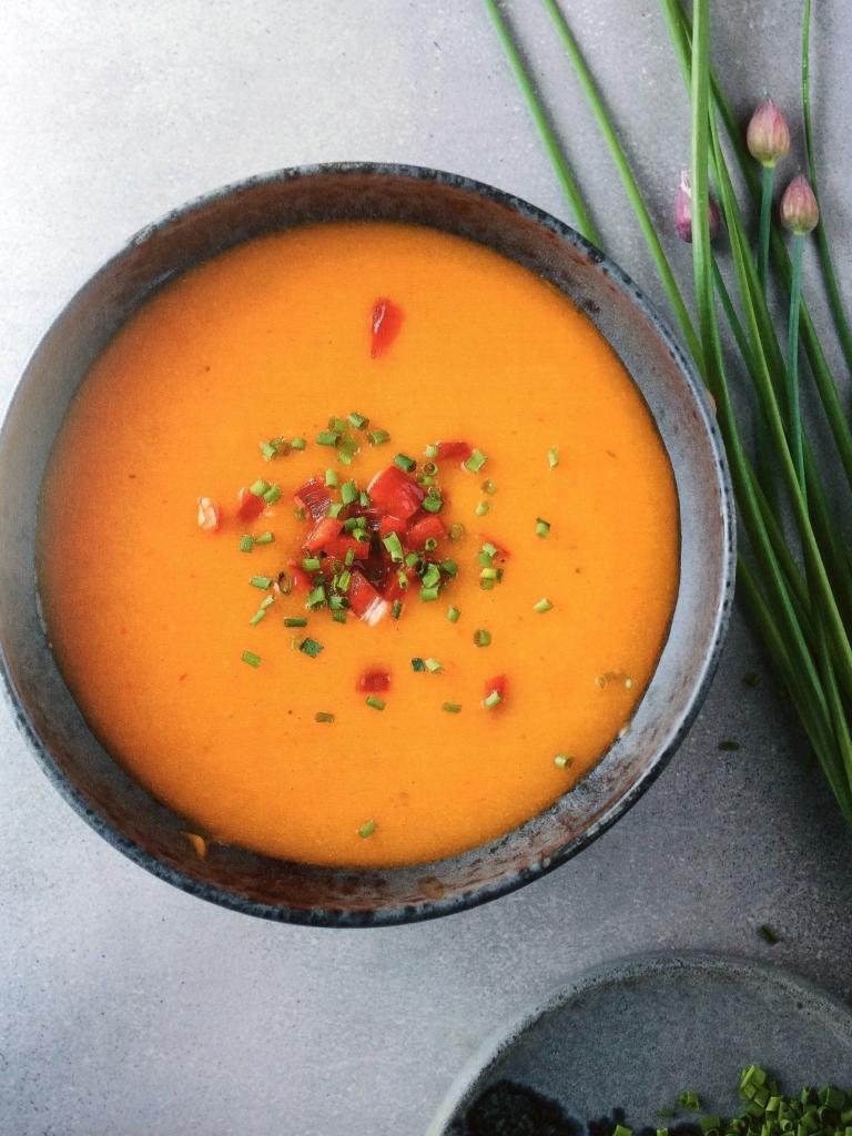 Ik kook gezond voor mijn kind - Pompoensoep met paprika - prof. Kristel De Vogelaere / www.eenlepeltjelekkers.be