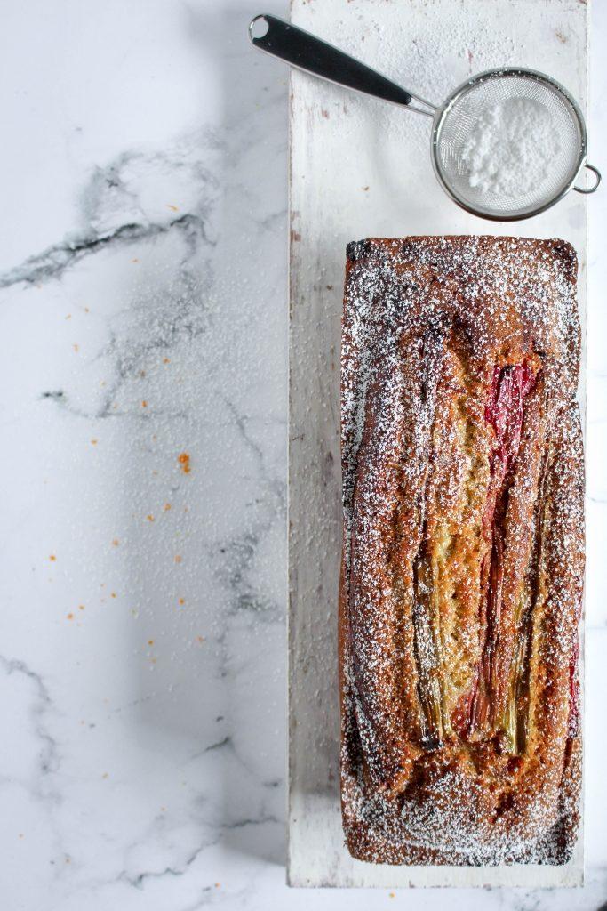 Rabarbercake met gember / www.eenlepeltjelekkers.be