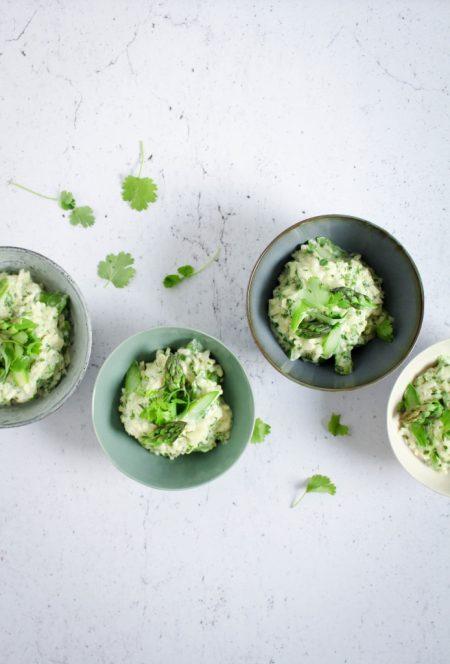Risotto met asperges en tuinkruiden / www.eenlepeltjelekkers.be