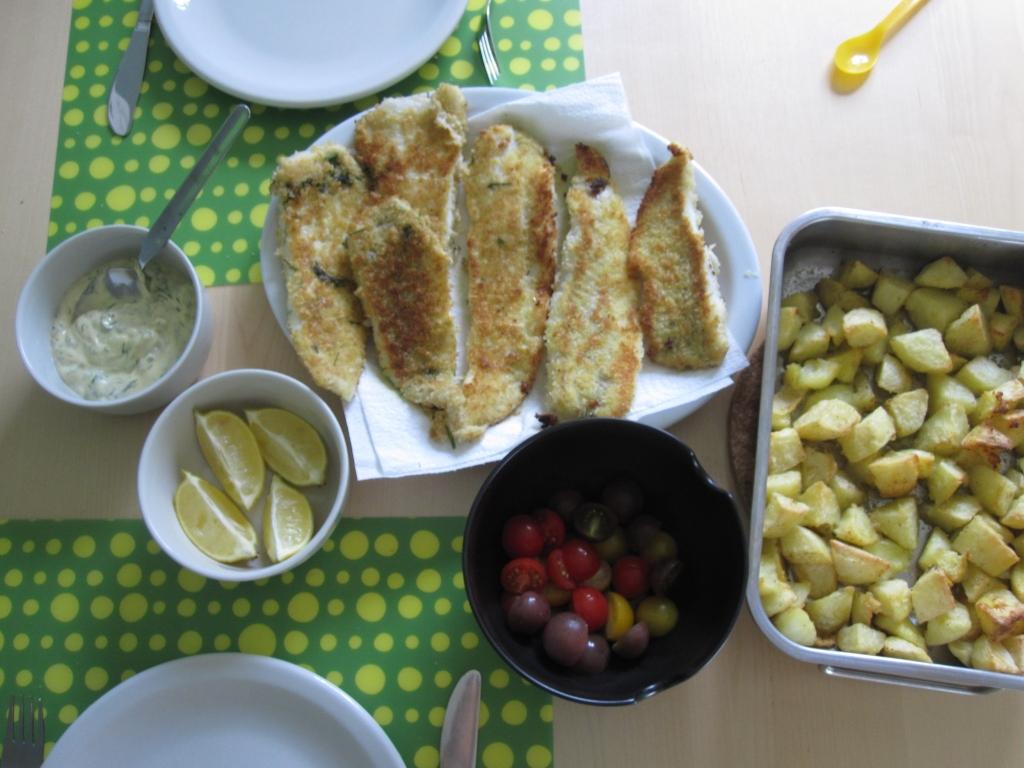 Homemade fish sticks met tartaarsaus