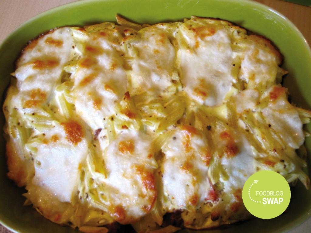 Turks getinte ovenschotel met pasta, gehakt en courgette