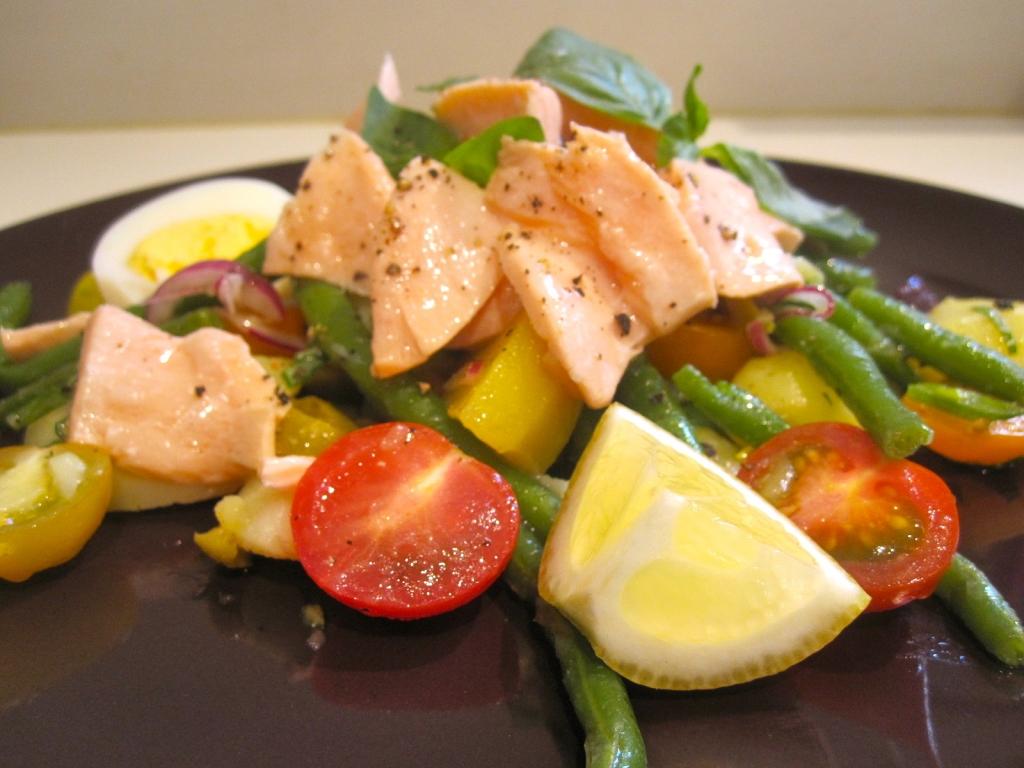 Salade niçoise met zalm