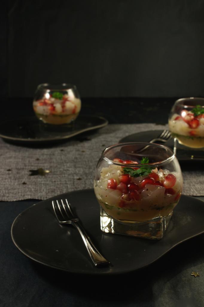 Feestmenu: Tartaar van coquille met pompelmoes en granaatappel (feesthapje)