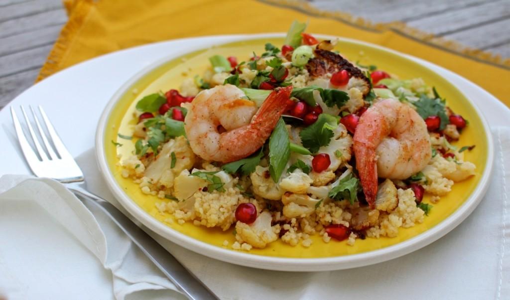 Couscous met geroosterde bloemkool en scampi