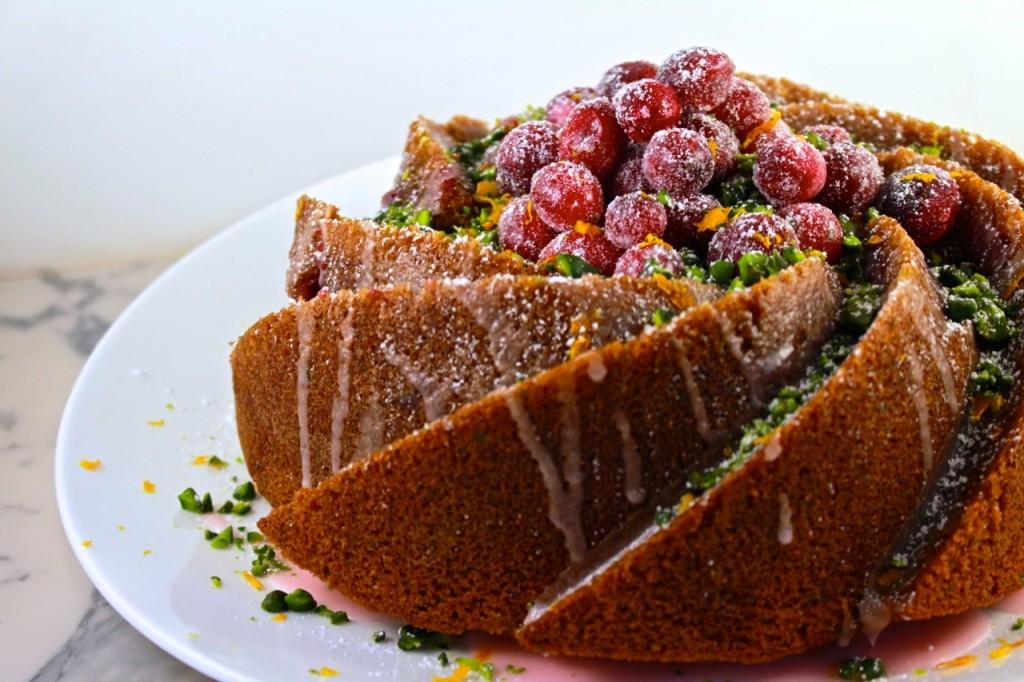 Cranberry tulband met pistaches en sinaasappel / eenlepeltjelekkers.be