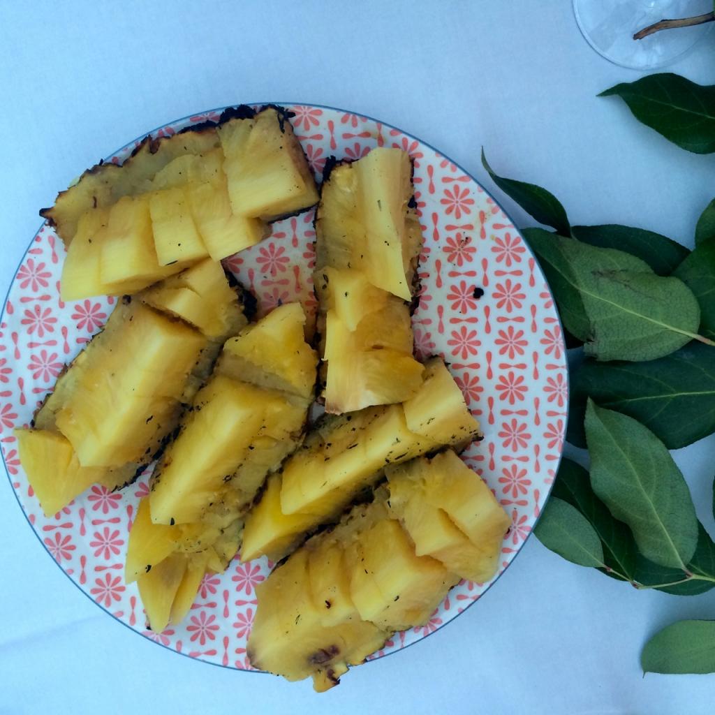 Ananas met rumsiroop / www.eenlepeltjelekkers.be