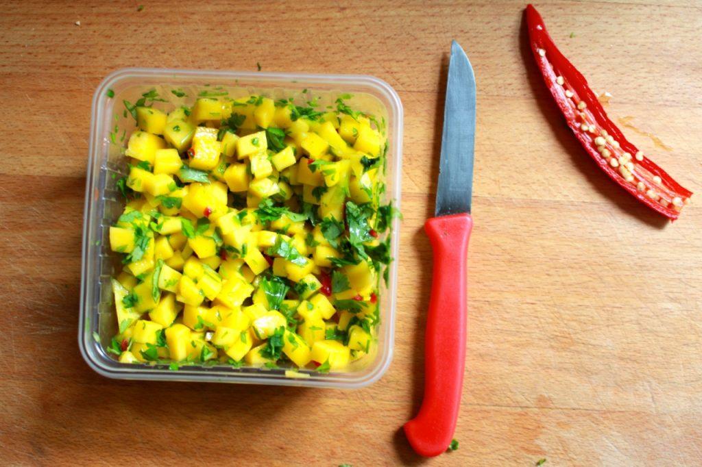 Mangosalsa maken / www.eenlepeltjelekkers.be