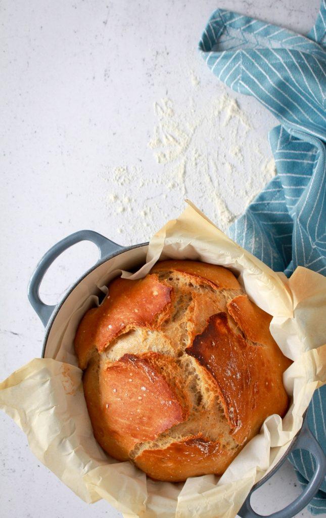 Supergemakkelijk brood zonder kneden / www.eenlepeltjelekkers.be
