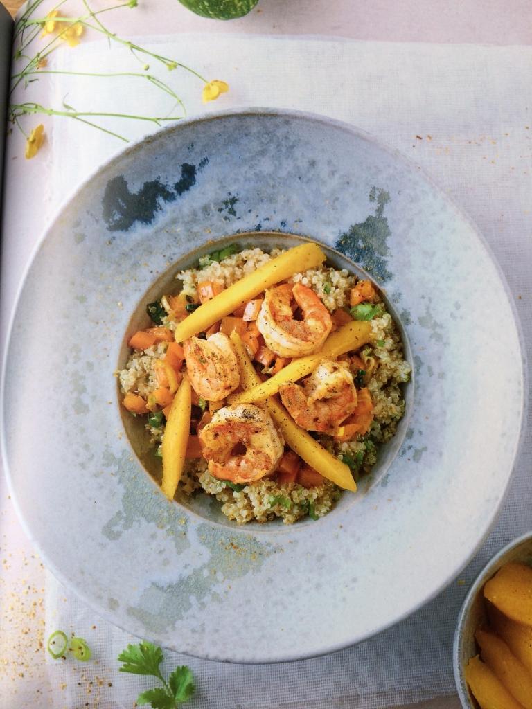 Ik kook gezond voor mijn kind - Quinoa met scampi en mango - prof. Kristel De Vogelaere / www.eenlepeltjelekkers.be