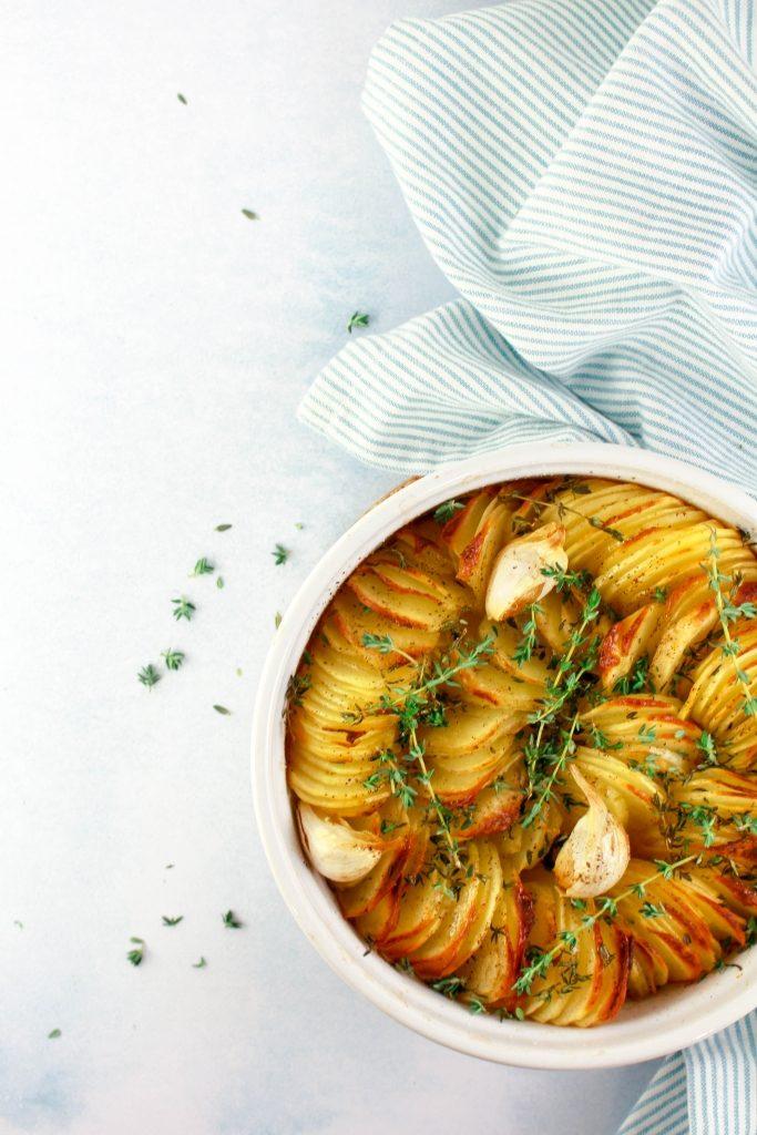 Krokante aardappels met look en tijm / www.eenlepeltjelekkers.be