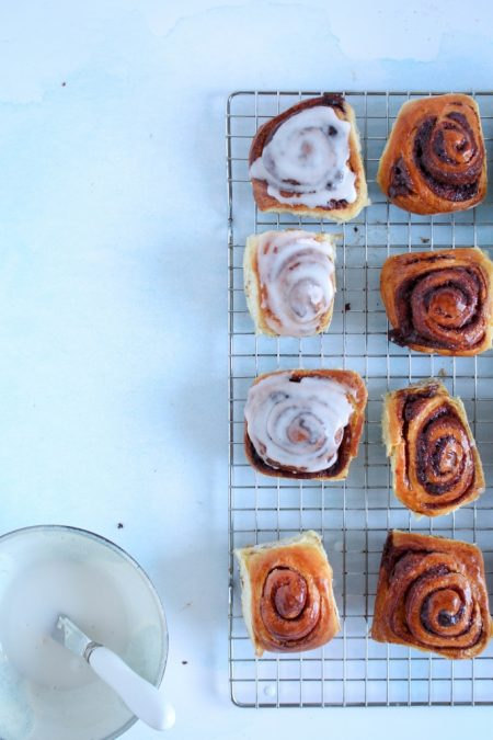 Kaneelbroodjes zonder kneden / www.eenlepeltjelekkers.be