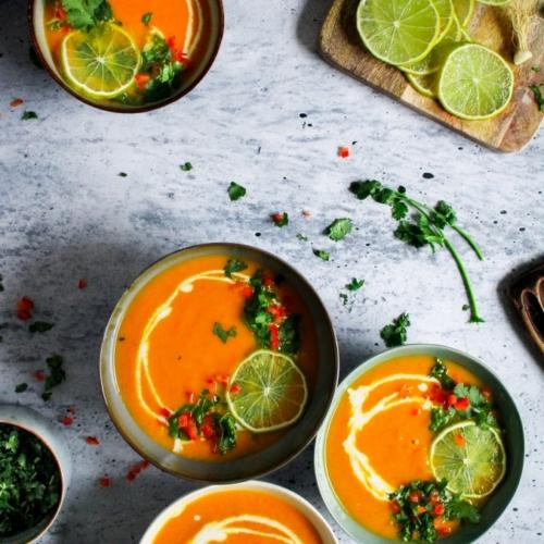 Thaise wortelsoep met koriander / www.eenlepeltjelekkers.be