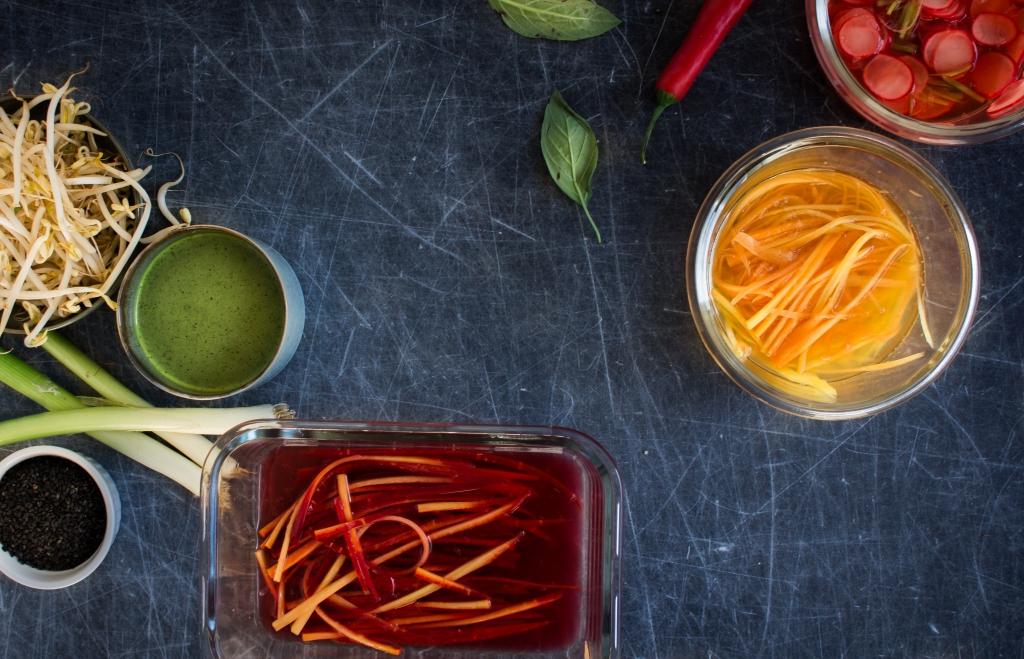 Ingelegde groenten en dressing / www.eenlepeltjelekkers.be