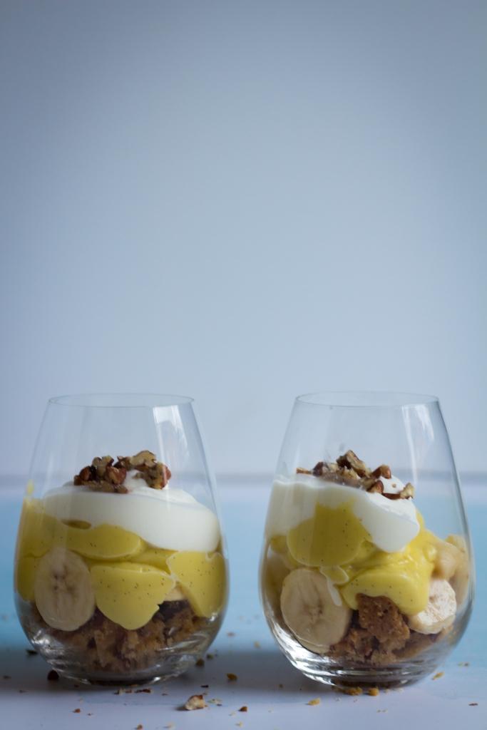 Bananendessert met pudding en zanddeeg / www.eenlepeltjelekkers.be