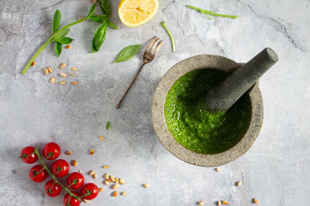 Pesto maken / www.eenlepeltjelekkers.be