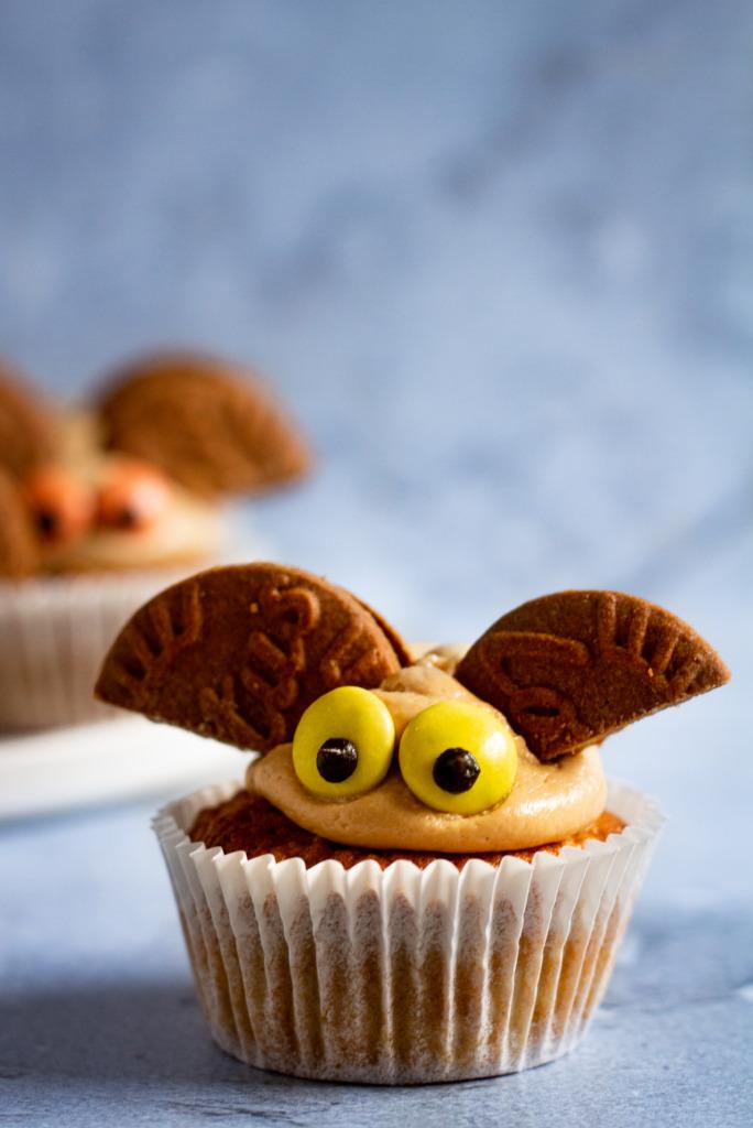 Appelcupcakes met speculooscrème voor Halloween / www.eenlepeltjelekkers.be