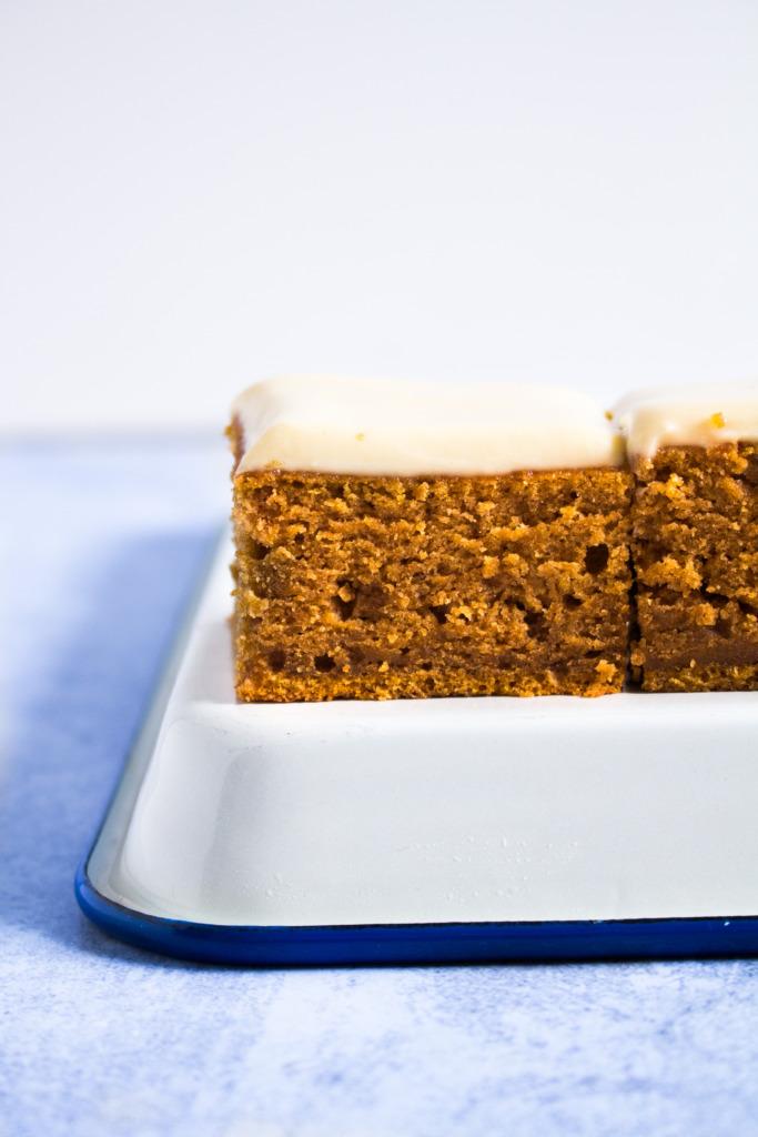 Pompoencake met ahornsiroop / www.eenlepeltjelekkers.be
