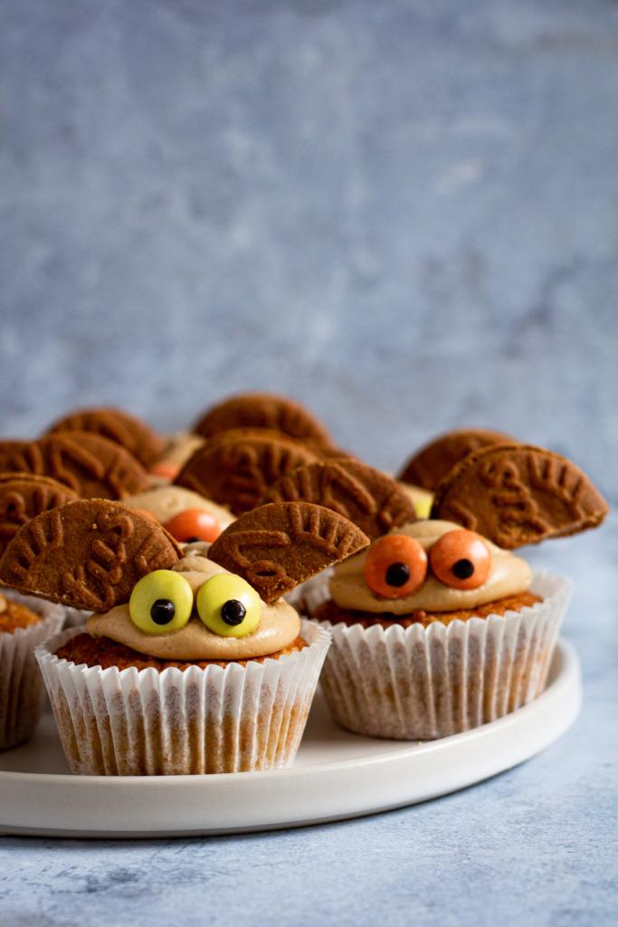 Vleermuiscupcakes voor Halloween / www.eenlepeltjelekkers.be