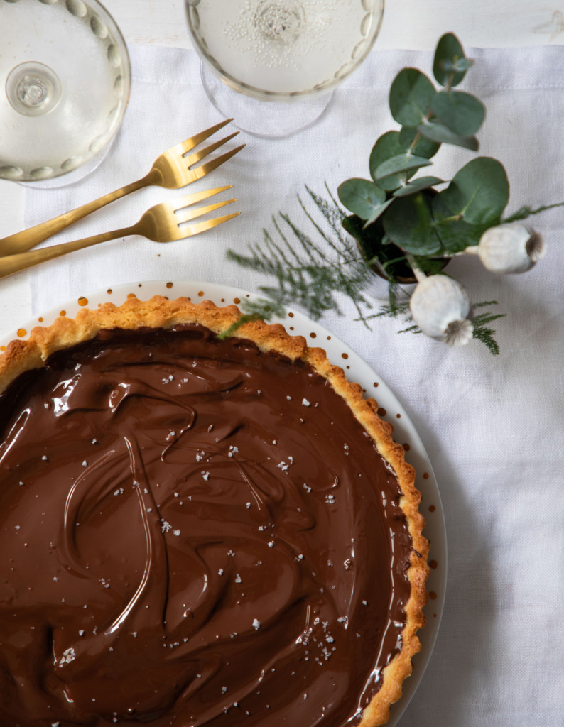 Macaron Manon Taart met karamel en chocolade