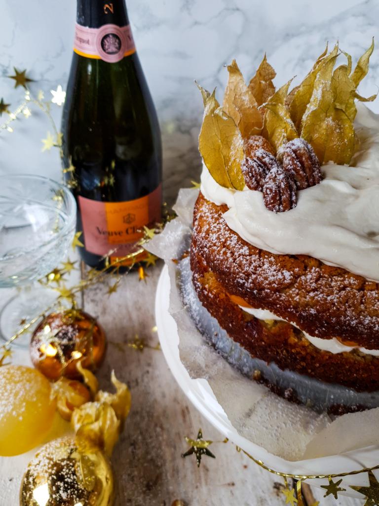 Roeckie's World Cake met goudbessen