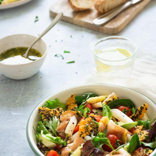 Salade met asperges, ham en parmezaankrokant / www.eenlepeltjelekkers.be