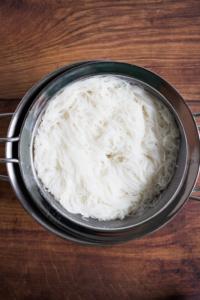 Rijstnoedels / www.eenlepeltjelekkers.be